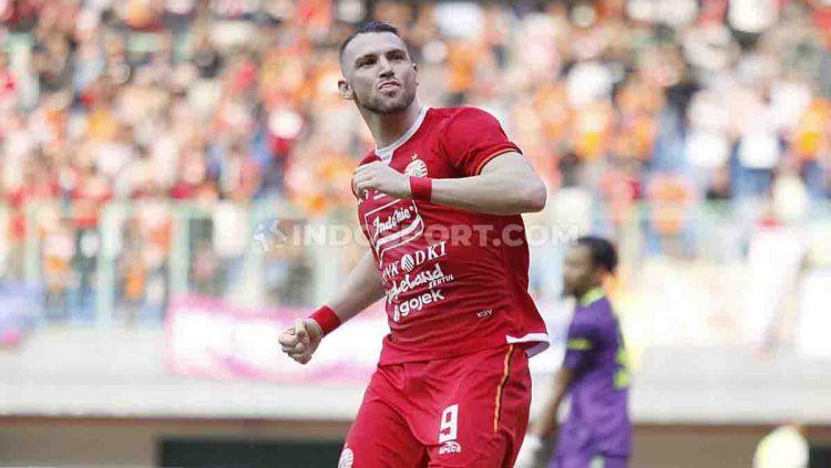 Peluang Marko Simic, pemain Persija Jakarta, untuk menyamai rekor gol top skor Liga 1 milik Sylvano Comvalius, tinggal menyisakan delapan laga lagi. Copyright: © Herry Ibrahim/INDOSPORT