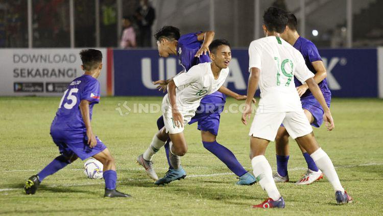 Laga pertandingan antara Filipina U-16 vs Indonesia U-16 di Stadion Madya GBK Senayan, Senin (16/09/19). Copyright: © Herry Ibrahim/INDOSPORT