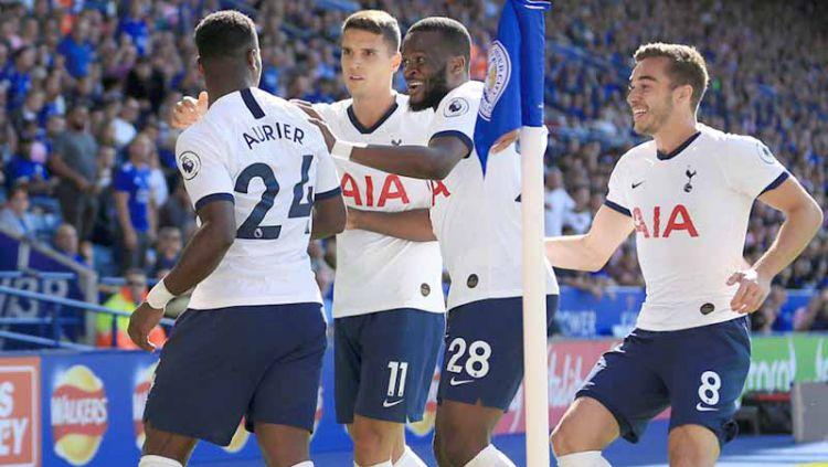 Wolverhampton Wanderers tertarik mendatangkan Serge Aurier untuk menggantikan Matt Doherty yang dilepas ke Tottenham Hotspur. Copyright: © Laurence Griffiths/Getty Images