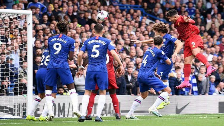 Gol Roberto Firmino ke gawang Chelsea pada pekan ke-6 Liga Inggris, Minggu (22/09/19). Copyright: © Twitter/@LFC