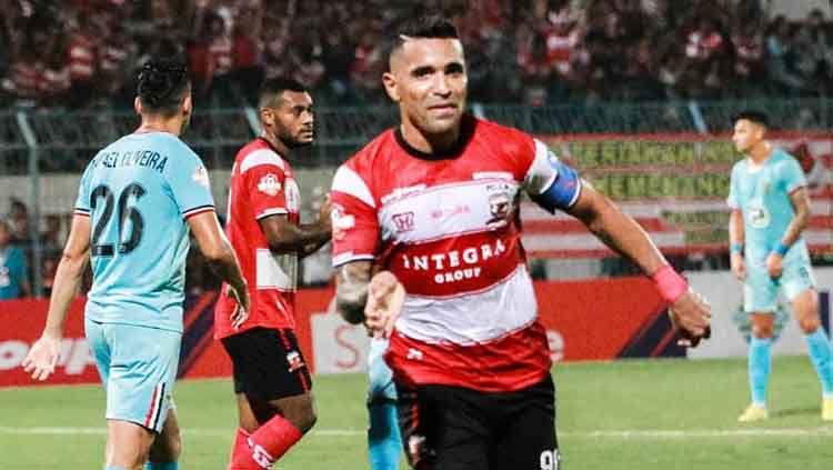 Beto Goncalves meninggalkan Madura United dan bergabung dengan klub Liga 2 Persis Solo. Copyright: © maduraunited.fc