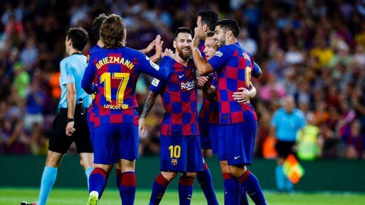 Selebrasi pemain Barcelona di laga kontra Villarreal, Rabu (25/09/19). Copyright: © twitter.com/FCBarcelona