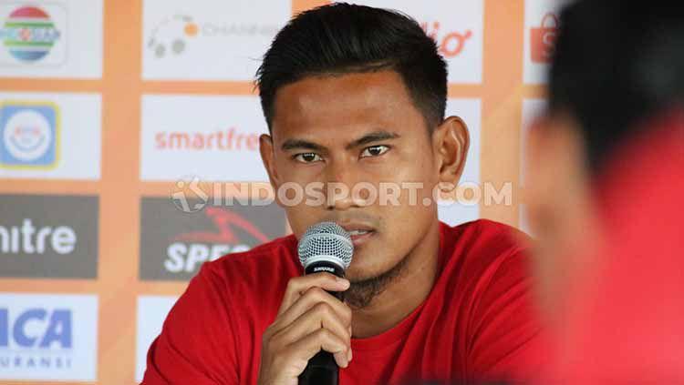 Bek Bali United, Haudi Abdillah rutin menjaga kondisi fisiknya selama pulang ke Kota Semarang. Copyright: © Nofik Lukman Hakim/INDOSPORT
