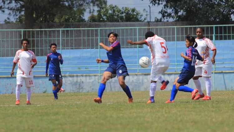 Situasi pertandingan Arema FC vs Persipura putri Copyright: © Ian Setiawan/INDOSPORT