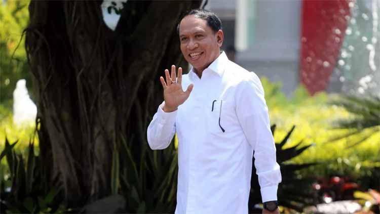 Zainudin Amali mendapatkan mandat dari Presiden Joko Widodo untuk menaruh perhatian ke olahraga sepak bola setelah resmi jadi Menteri Pemuda dan Olahraga. Copyright: © sports.okezone.com