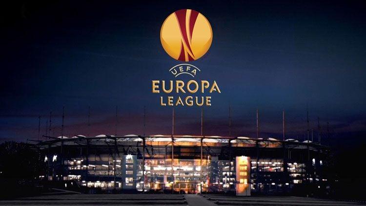 Media sosial, Instagram Liga Europa menyoroti laga menegangkan dua tahun lalu saat Standard Liege menjamu Sevilla di babak penyisihan grup. Copyright: © yohannzveig.com