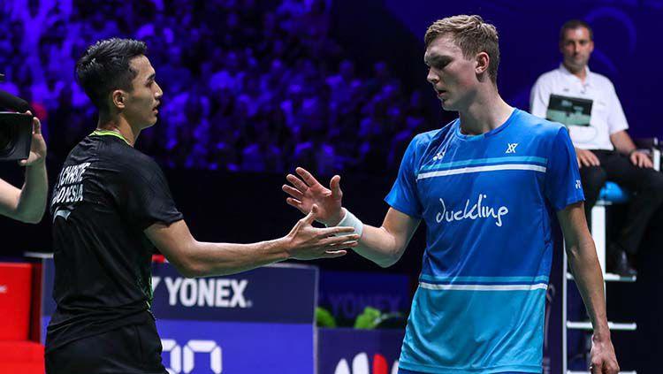 Tunggal putra Indonesia, Jonatan Christie, berhasil mengalahkan Viktor Axelsen di semifinal French Open 2019. Copyright: © PBSI