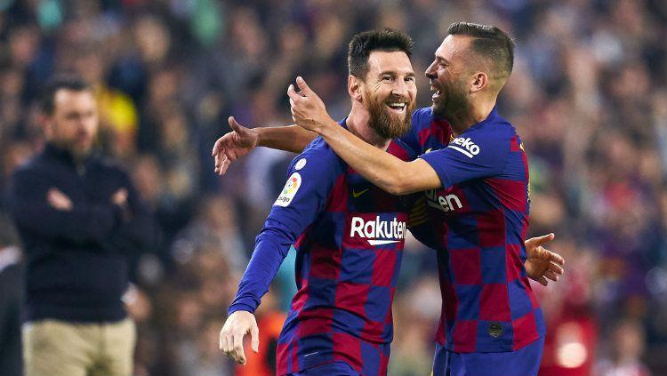 Lionel Messi menjadi bintang kemenangan Barcelona atas Real Valladolid di pekan 11 LaLiga Spanyol, Rabu (30/10/19). Copyright: © Alex Caparros/Getty Images