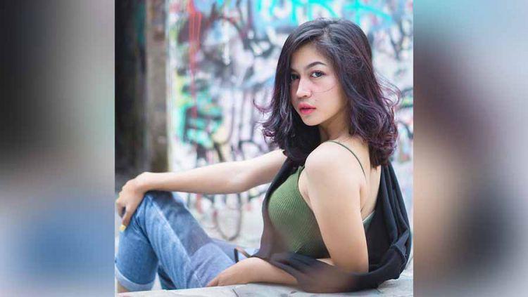 Eriska Nakesya yang namanya semakin familiar setelah menikah dengan salah satu rapper kontroversial Indonesia, yakni Young Lex. Copyright: © Instagram@eriskanakesya
