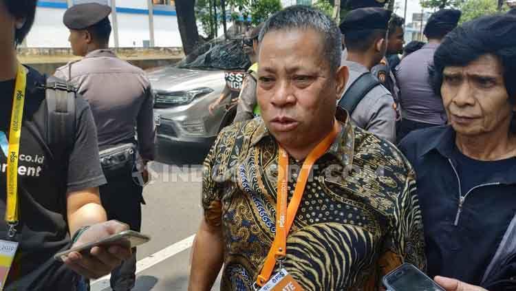 Caketum PSSI-Sarman El Hakim menyebut Ratu Tisha tak pantas lagi jadi Sekjen PSSI Copyright: © Coro Mountana/INDOSPORT