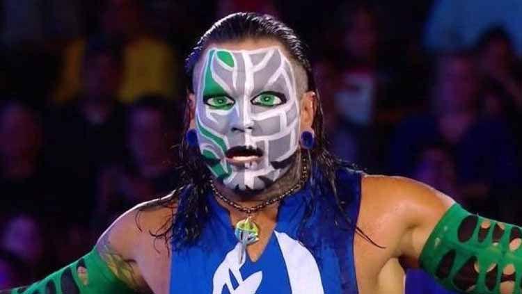 10 Jurus Sakti Paling Gila Bintang WWE Jeff Hardy, Hampir Bikin Gegar Otak. Copyright: © wrestling-edge.com