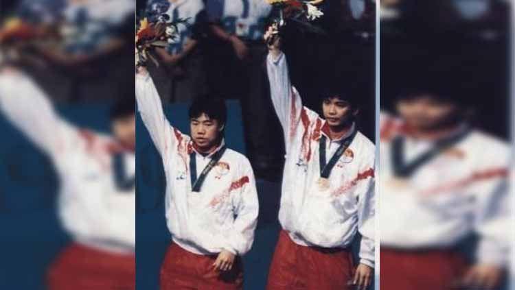 Denny Kantono/Antonius Ariantho hingga saat ini masih merupakan salah satu pasangan pebulutangkis Indonesia yang paling sukses dalam sejarah turnamen Hong Kong Open. Copyright: © yosstory.com