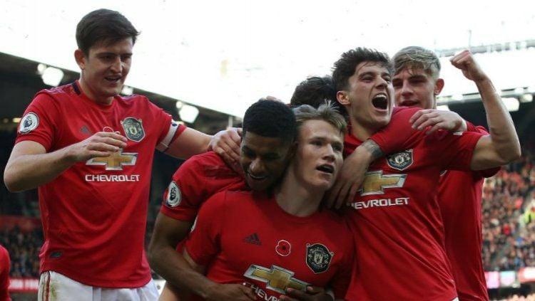 Ditahan Imbang Sheffield United di Liga Inggris, tiga pemain Manchester United dianggap cuma bisa lawak. Copyright: © Twitter @ManUtd