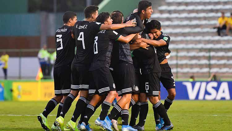 Selangkah Lagi, Newcastle United Rekrut Wonderkid Meksiko. Copyright: © Twitter.com/@miseleccionmx