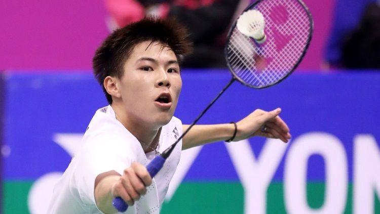 Prestasi luar biasa kembali ditorehkan oleh wakil Hong Kong, yakni Lee Cheuk Yiu, dengan berhasil mencapai partai final Hong Kong Open 2019. Copyright: © BWF