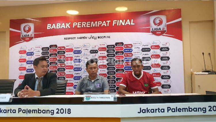 Widodo Cahyono Putro dalam konferensi pers usai laga pamungkas Grup B Liga 2 2019 antara PSMS vs Persita, Senin (18/11/19) sore hari. Copyright: © Aldi Aulia Anwar/INDOSPORT