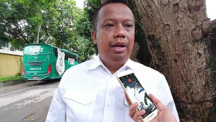 Manajer tim sekaligus penanggungjawab klub Liga 2 2020, PSMS Medan, Mulyadi Simatupang. Copyright: © Istimewa
