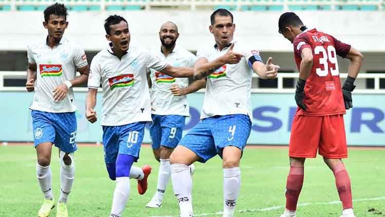 Pelatih PSIS Semarang, Bambang Nurdiansyah membeberkan kunci kemenangan timnya atas Tira Persikabo dalam laga pekan ke-28 kompetisi Liga 1 2019 di Stadion Pakansari, Bogor, Jumat (22/11/19) sore. Copyright: © psisfcofficial Verified