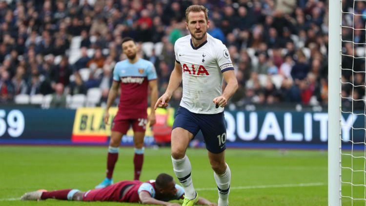 Striker Tottenham Hotspur, Harry Kane ternyata tidak masuk dalam rencana transfer Manchester United. Copyright: © Catherine Ivill/Getty Images