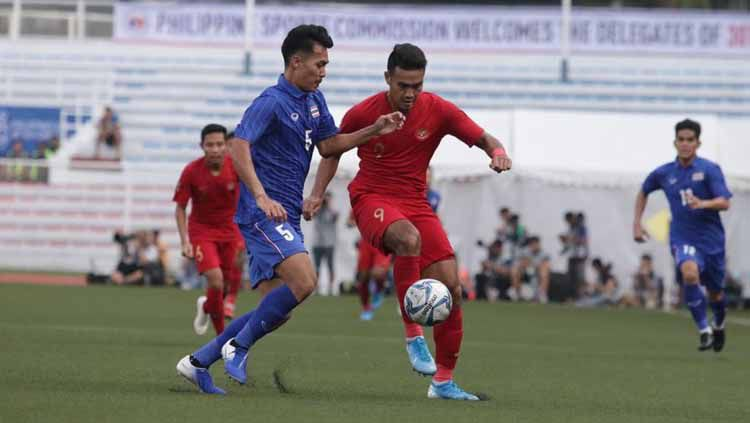Timnas Indonesia U-23 berhasil mengalahkan Timnas Thailand U-23 dengan skor 2-0 pada laga perdana Grup B, di Stadion Rizal Memorial, Manila, Selasa (26/11/19). Copyright: © officialpssi