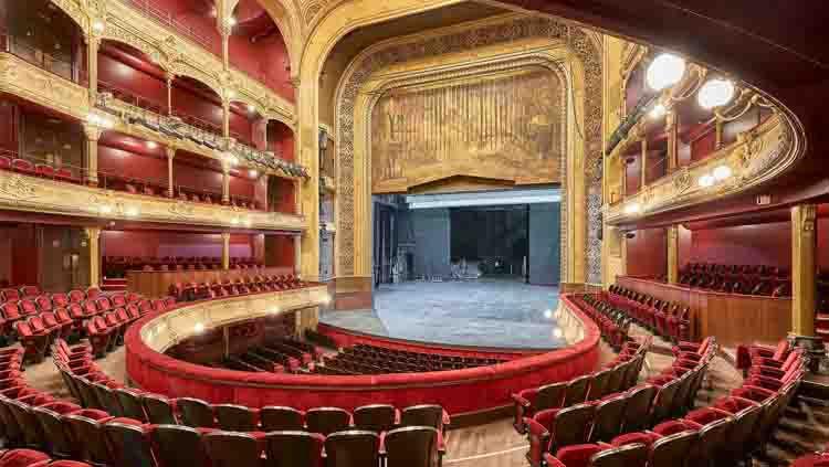 Théâtre du Châtelet, teater dan gedung opera yang terletak di Prancis. Gedung ini juga dijadikan sebagai tempat penganugerahaan Ballon d'Or 2019. Copyright: © pumain.fr