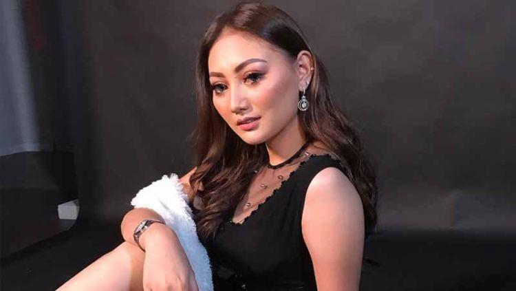 Model majalah dewasa Indonesia Sassha Carissa ternyata memiliki fakta tersendiri mengenai wanita. Hal ini ia ungkapkan saat memamerkan kegiatan olahraga renang Copyright: © Instagram/@sasschacarissa
