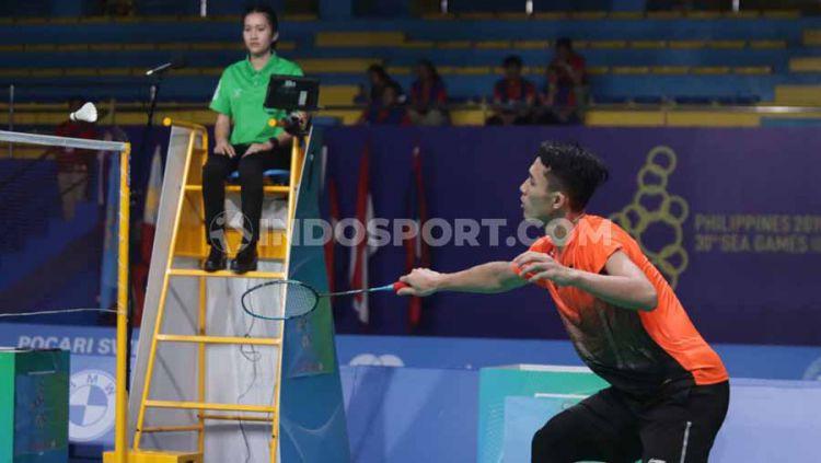 Pebulutangkis tunggal putra Indonesia Jonatan Christie berhasil mengalahkan wakil dari Malaysia Lee Zii Jia pada Final di Muntinlipa Sport Complex, Manila, Rabu (04/12/19). Copyright: © Ronald Seger Prabowo/INDOSPORT