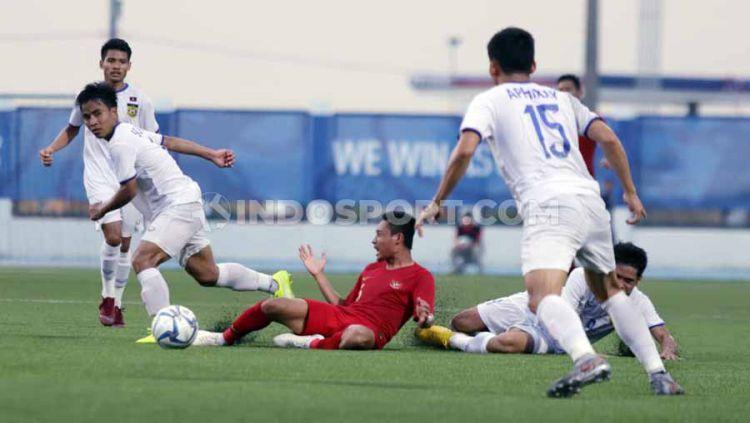 Dihajar Timnas Indonesia U-23, Pelatih Laos Sebut Timnya Kurang Beruntung. Copyright: © Ronald Seger Prabowo/INDOSPORT
