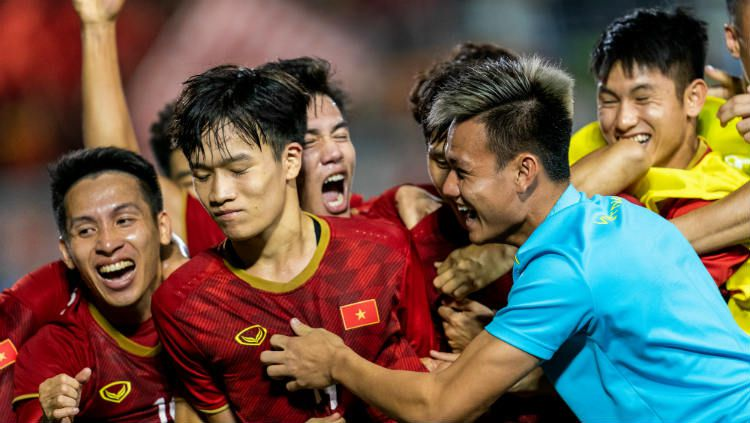 Timnas Vietnam U-23 disarankan untuk memakai taktik jebakan kala berhadapan dengan Timnas Indonesia U-23 di final SEA Games 2019, Selasa (10/12/19) esok. Copyright: © Gary Tyson/Getty Images for SEA Games