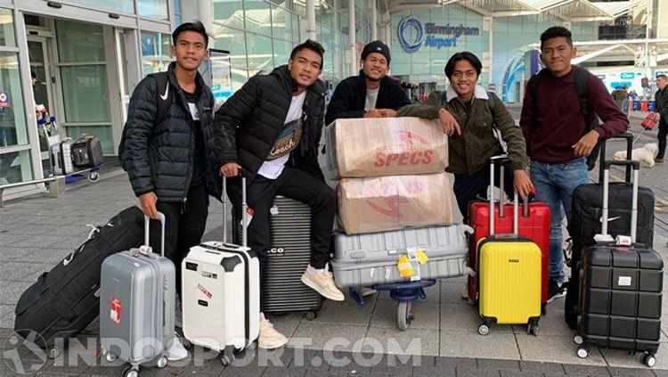 Bagus Kahfi bersama rombongan telah tiba di Inggris dan akan bergabung dengan skuat Garuda Select. Copyright: © Zainal Hasan/INDOSPORT