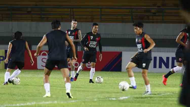 Skuat Barito Putera akhirnya merilis empat pemain asing di bursa transfer Liga 1 2020. Satu dari empat pemain tersebut adalah striker berpengalaman di Liga Indonesia, Aleksandar Rakic. Copyright: © Media PSM