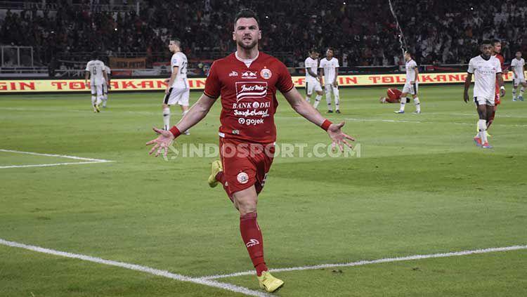 Selebrasi Marko Simic di laga Liga 1 Persija vs Madura United. Copyright: © Herry Ibrahim/INDOSPORT
