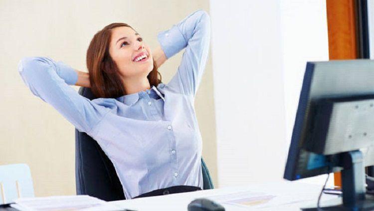 Kesibukan terkadang menjadi alasan pekerja kantoran tidak bisa memiliki pola hidup sehat. Namun, hal itu tidak akan terjadi jika mengikuti beberapa langkah ini. Copyright: © www.indiatoday.in