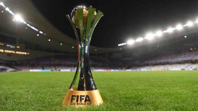 Sukses jadi juara Piala Dunia Antarklub mengalahkan Liverpool, salah satu pemain Sao Paulo justru memutuskan menjual medali emasnya untuk membeli kokain. Copyright: © ©Getty Images