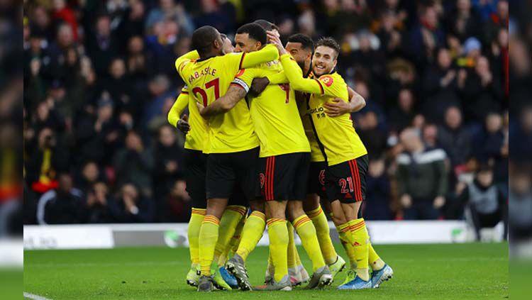 Selebrasi para pemain Watford usai mencetak gol ke gawang Manchester United. Copyright: © Richard Heathcote/Getty Images