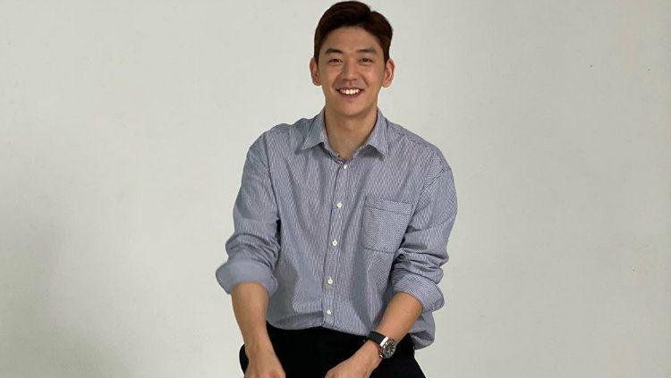 Pebulutangkis Korea Selatan, Lee Yong-dae, memang punya pesona tak terbantahkan. Copyright: © Instagram/Lee Yong Dae