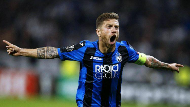 Raksasa Serie A Liga Italia, Inter Milan, dikabarkan siap menggunakan trik atau cara ini untuk bisa mendaratkan pemain Atalanta yang bernama Papu Gomez. Copyright: © FifaUltimateTeam.it