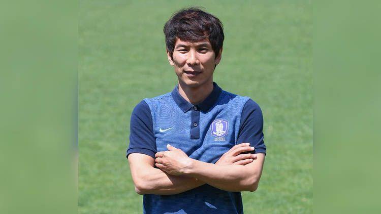 Asisten pelatih asal Korea Selatan, Gong Oh-Kyun. Copyright: © goalzz.com