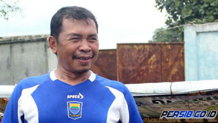 Sutiono Lamso, pencetak gol tunggal Persib ke gawang Petrokimia di Final Liga Indonesia 1994/95. Copyright: © Persib
