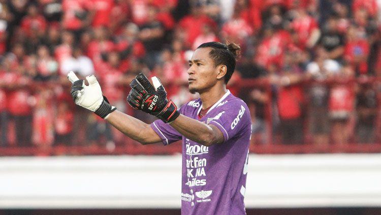 Kiper klub Liga 1 2020 Bali United, Wawan Hendrawan, menceritakan awal dirinya mendapat julukan Spiderwan dan Lord Wawan. Copyright: © baliutd.com