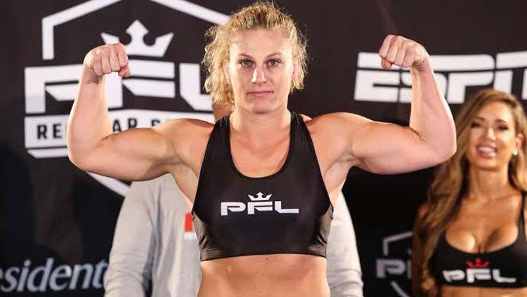Siapa sangka petarung wanita Mixed Martial Arts (MMA), Kayla Harrison juga merupakan seorang aktivitis dan pernah menjadi korban pelecehan seksual. Copyright: © MMAFighting