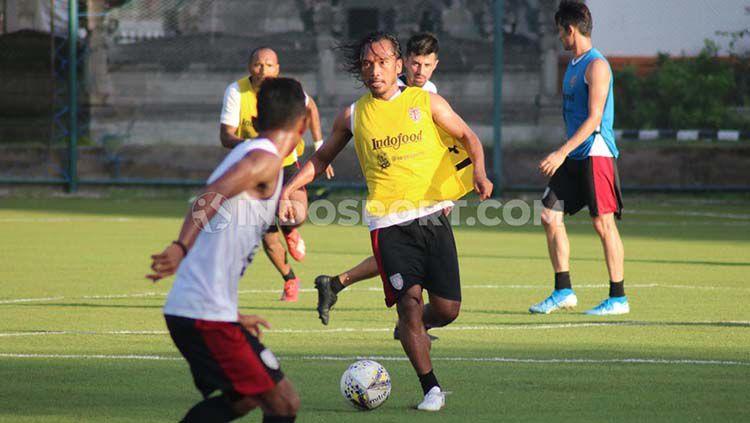 Latihan klub Liga 1, Bali United. Copyright: © Nofik Lukman Hakim/INDOSPORT