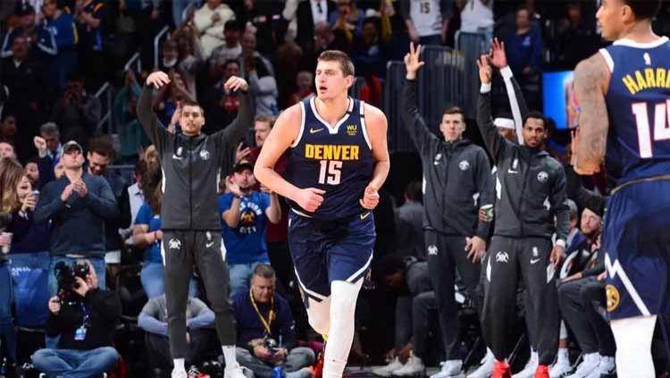 Denver Nuggets bangkit menyamakan kedudukan, sehingga memaksa LA Clippers mainkan game 7. Copyright: © Bart Young/NBAE via Getty Images