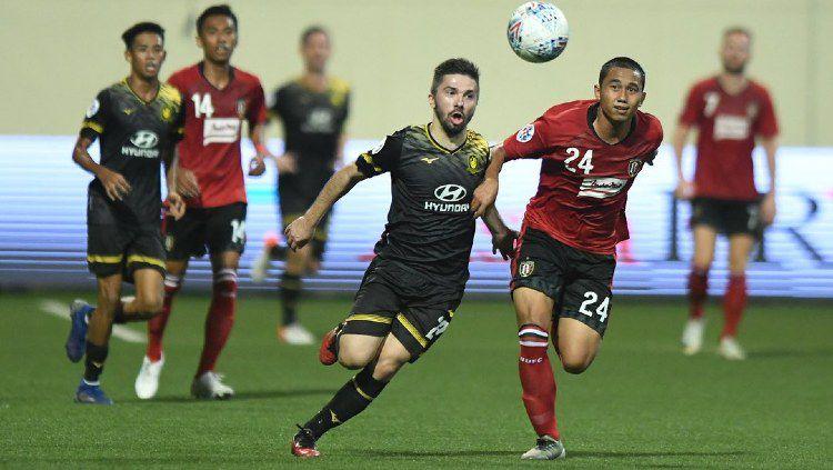 Bali United dipastikan gagal tampil di kancah Liga Champions Asia 2020 usai takluk 0-5 dari Melbourne Victory. Copyright: © www.instagram.com/tampinesrovers