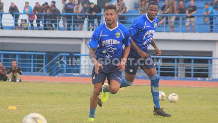 Dua pemain asing klub Liga 1 Persib Bandung, Geoffrey Castillion, dan Wander Luiz. Copyright: © Arif Rahman/INDOSPORT