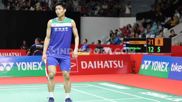 Sebuah tindakan tidak sportif ternyata pernah dilakukan oleh pebulutangkis tunggal putra dunia, Chou Tien Chen saat berhadapan dengan Lee Zii Jia. Copyright: © Theresia Simanjuntak/INDOSPORT
