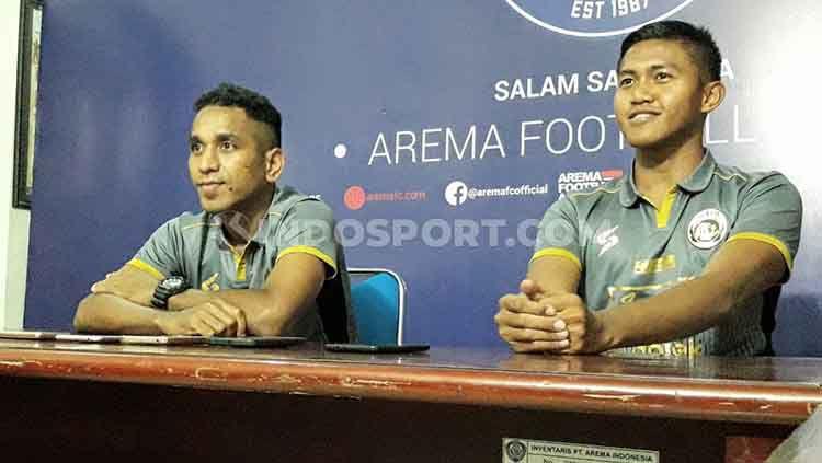 Arema FC juga memperkenalkan Pandi Lestaluhu dan Ganjar Mukti sebagai rekrutan baru untuk Liga 1 musim 2020. Copyright: © Ian Setiawan/INDOSPORT