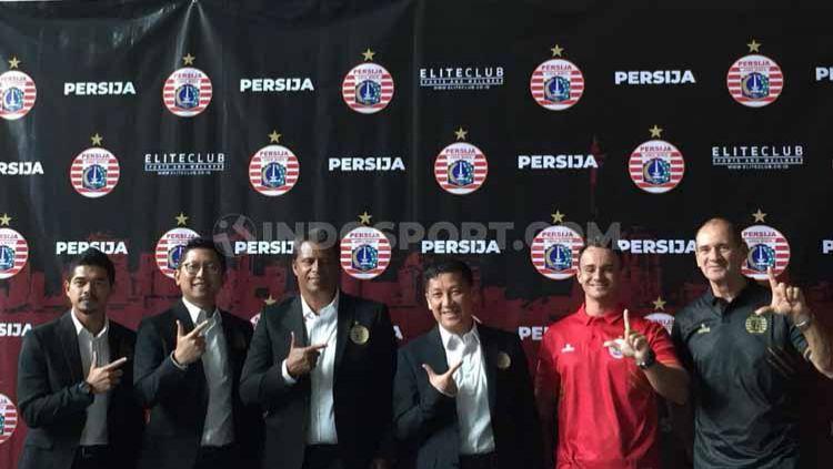 Persija Jakarta secara resmi memperkenalkan pelatih baru, Sergio Farias untuk Liga 1 2020, Jumat (17/01/20) di Kawasan Kuningan, Jakarta. Copyright: © Petrus Manus Da'Yerimon/INDOSPORT