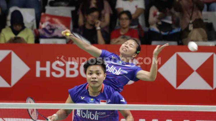 Detik-detik Penyelamatan Heroik Greysia Polii yang Berbuah Tiket Semifinal Indonesia Masters 2020. Copyright: © Roihan Susilo Utomo/INDOSPORT