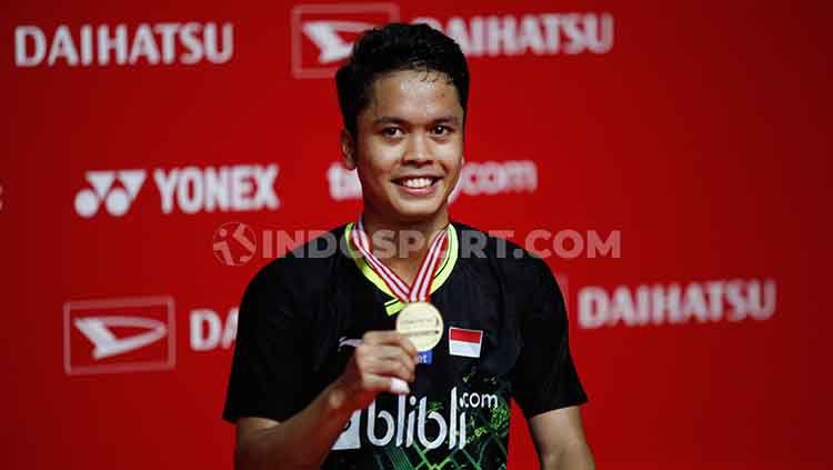 Anthony Sinisuka Ginting berhasil mengalahkan Anders Antonsen pada final Indonesia Masters 2020 dan keluar menjadi juara di sektor tunggal putra Copyright: © Herry Ibrahim/INDOSPORT